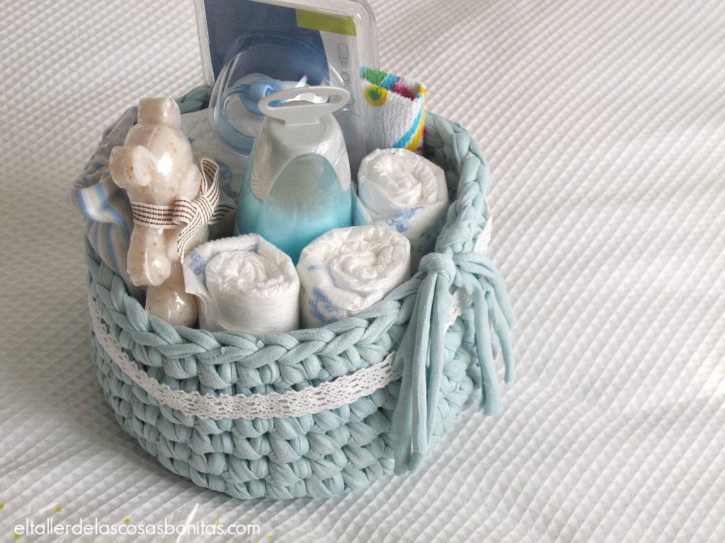 Regalo para bebés cesta de pañales handmade