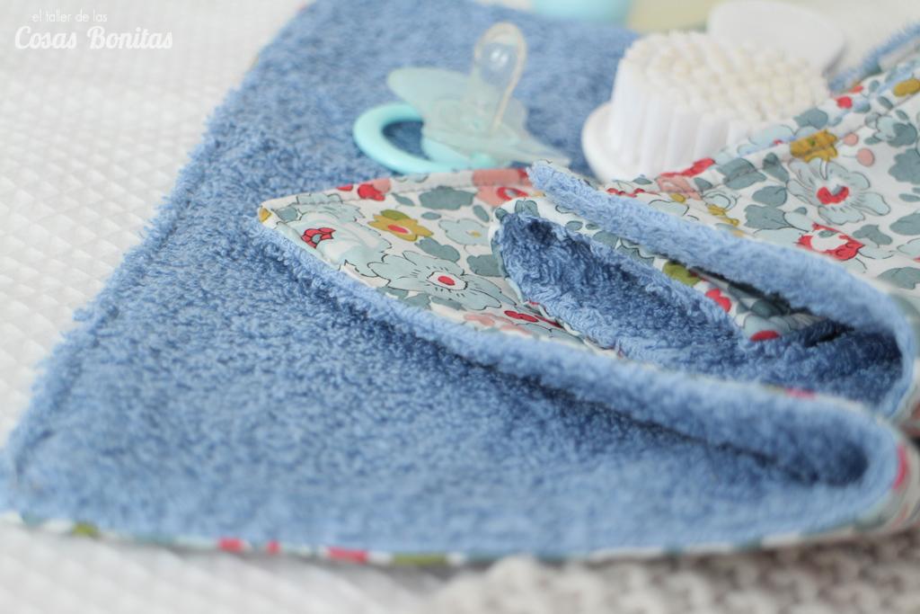 toalla babero bebes 05