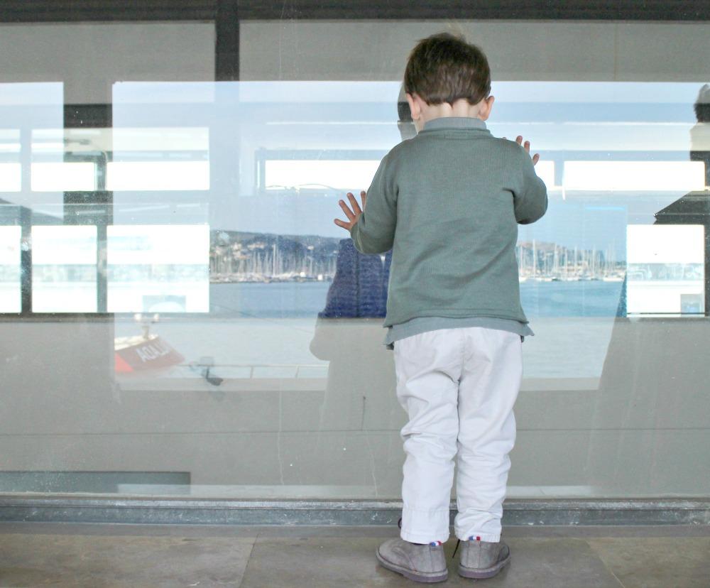 Dénia con niños puerto pescadores 2