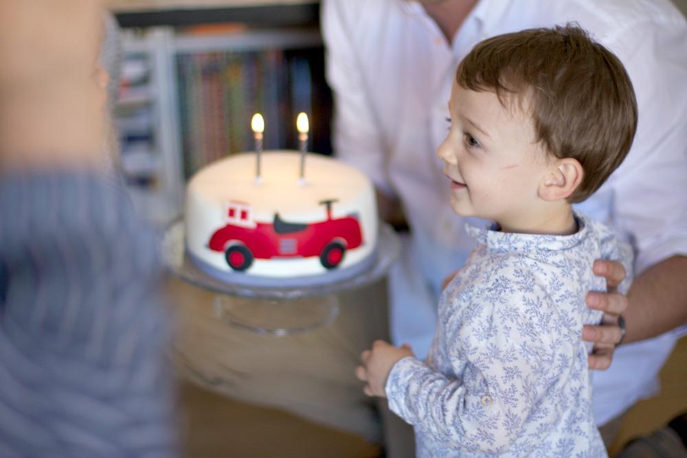cumpleaños temático niño bebé dos años 4
