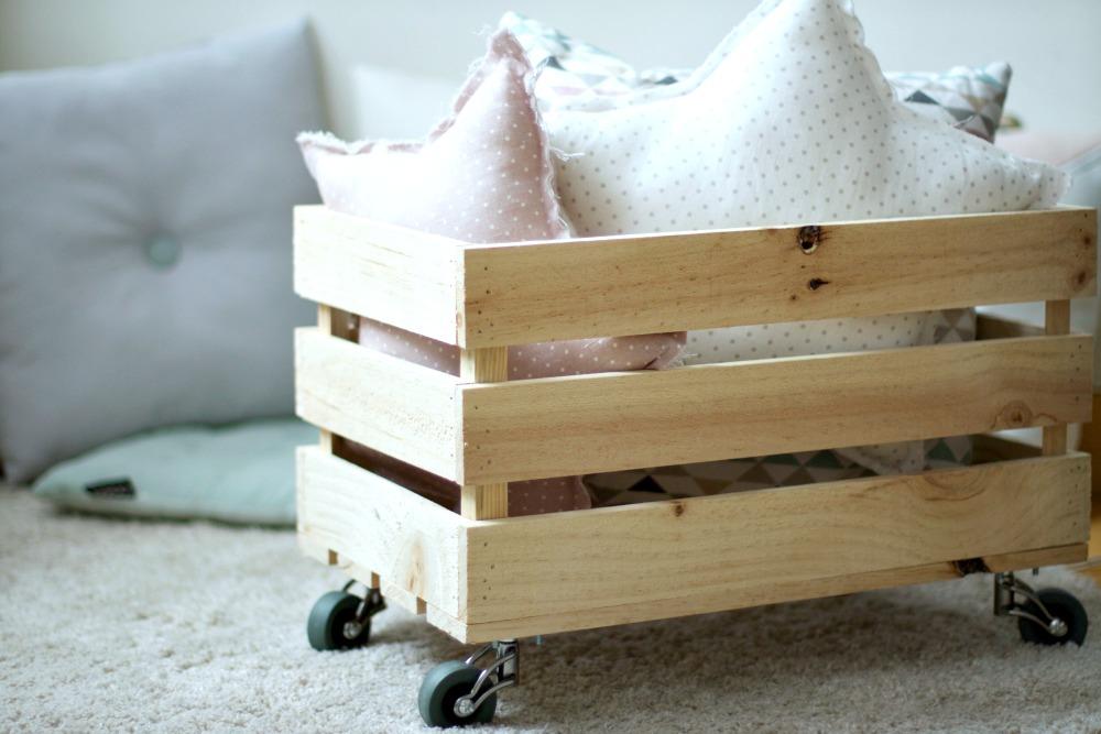 diy c mo hacer una caja de madera para los juguetes el
