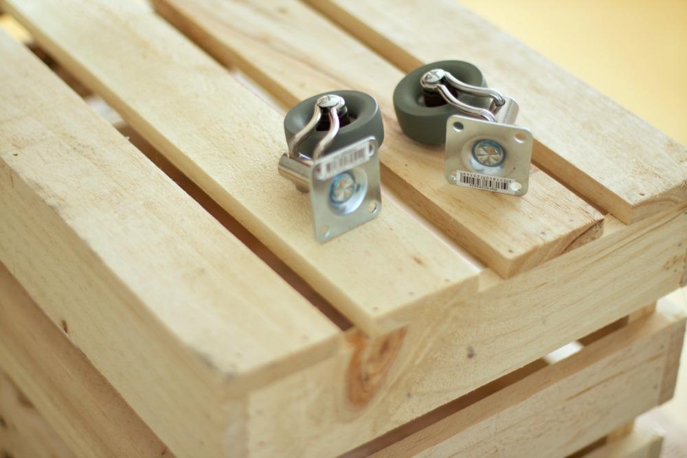 Diy c mo hacer una caja de madera para los juguetes el - Como construir una caja de madera ...