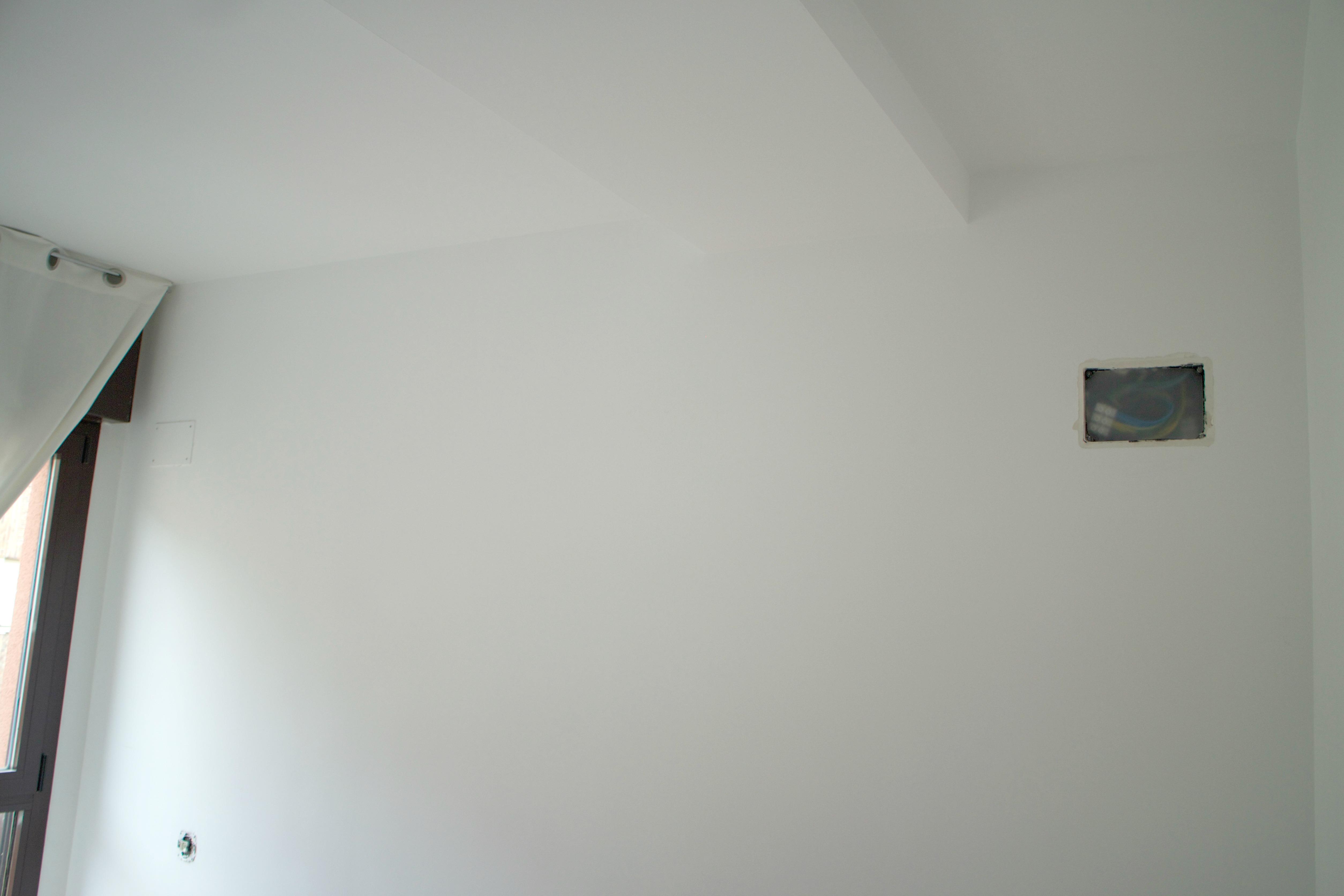 el-taller-de-las-cosas-bonitas_habitacion-antes-de-empapelar-2
