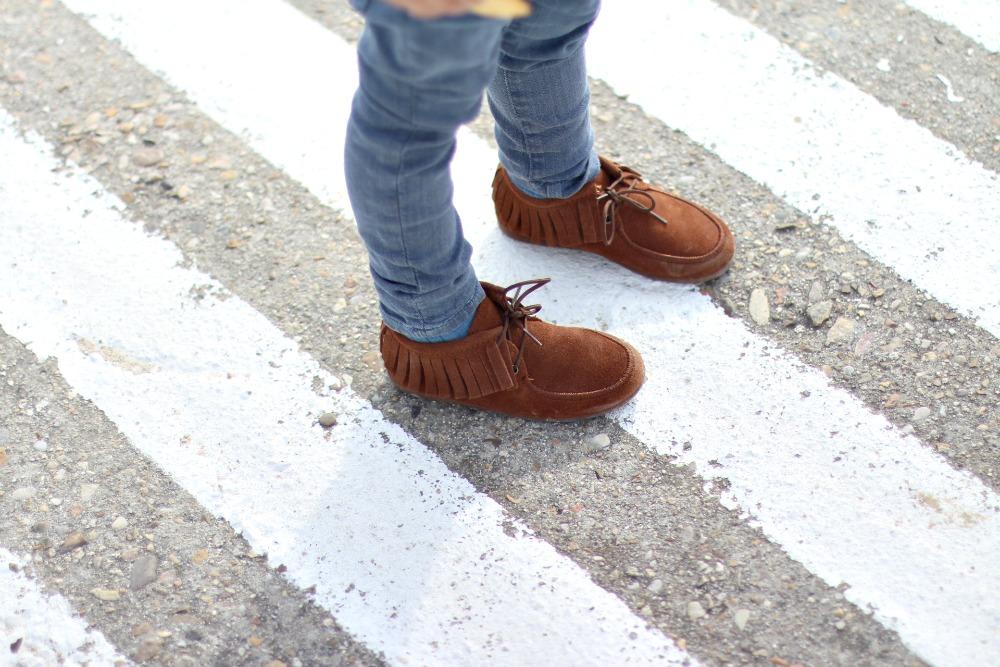 zapatos-de-serraje-con-flecos-para-nin%cc%83os-4