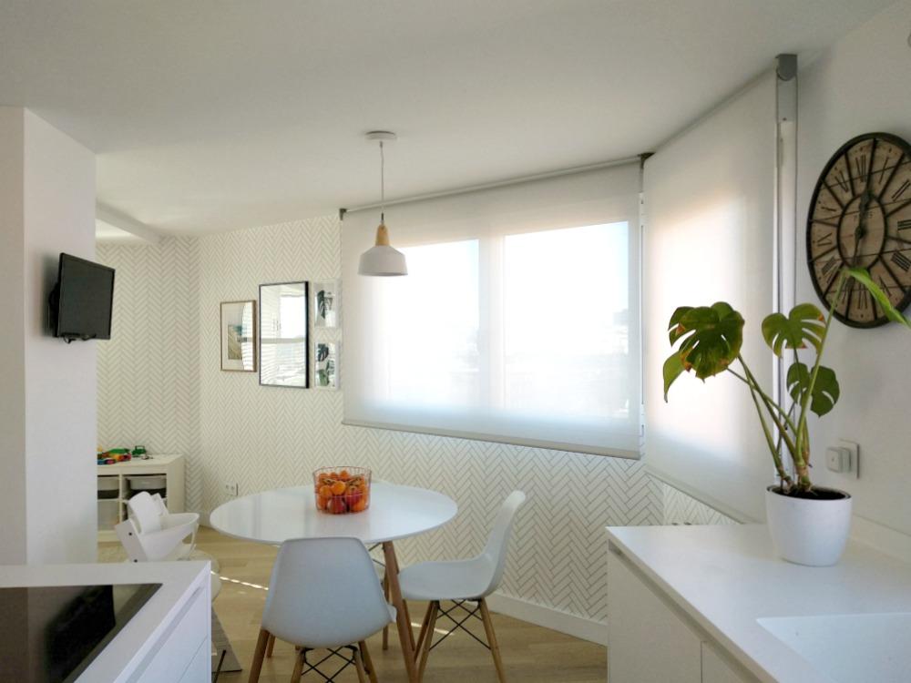 Estor para cocina finest finest tendencia cortinas de for Estores para cocinas modernas